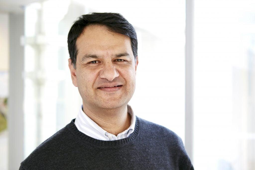 Dr Vijay Roach