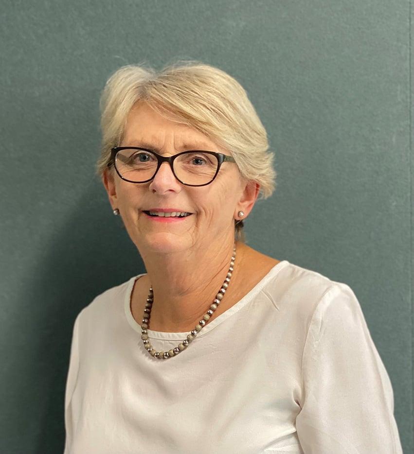 Prof Cindy Farquhar